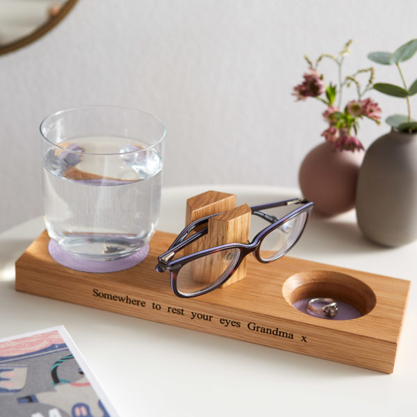 Glasses stand with coaster