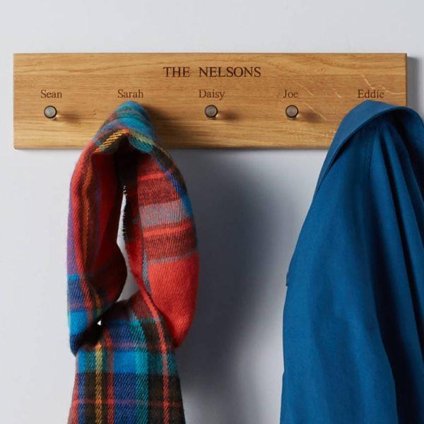 Oak coat and key rack